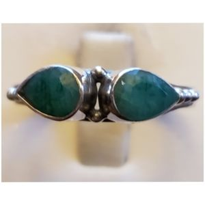 2.6ct Natural Columbian Emeralds Ring Size 9